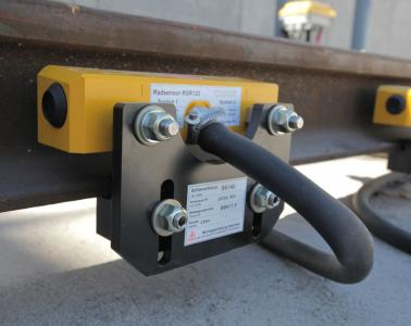 Installation of axle counter in Basurto-Ariz block